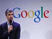谷歌CEO佩奇发表讲话 失声病症或已痊愈