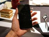 质感不俗!白色款Nexus 4 真机照片曝光